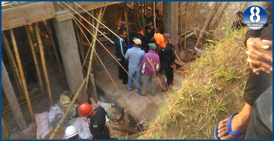 কুঁৱা পৰিষ্কাৰ কৰিবলৈ গৈ ৫ জনৰ শােকাৱহ মৃত্যু, ২ জন চিকিৎসাধীন